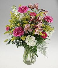 Enlarged image of Vase arrangement of assorted flowers