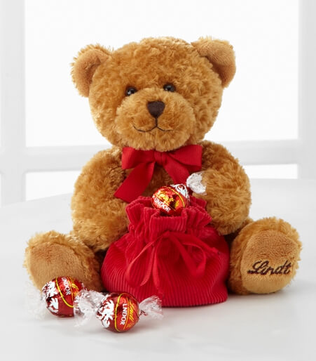 Lindt Loveable Holiday Bear with Truffles - Good